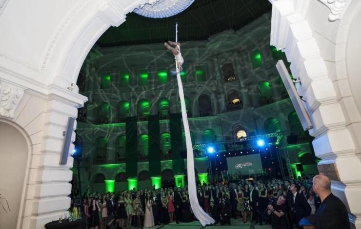 Występy akrobatyczne – przede wszystkim bezpieczeństwo